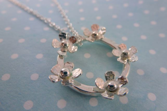 Silver Flower Necklace - Solid Sterling 925 Ring Of Daisies Necklace Pendant