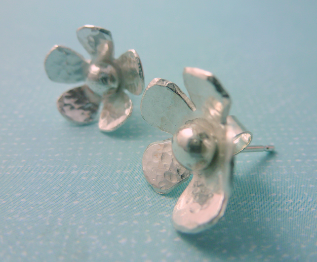 Silver Flower Earrings - Solid Sterling 925 Daisy Flower Ear Studs Handmade