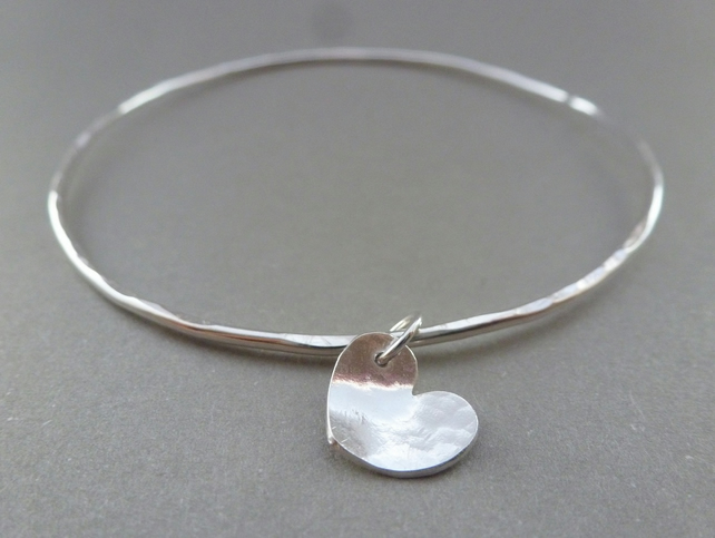 Silver Heart Bangle - Sterling Solid 925 Heart Charm Bracelet Bangle Hammered