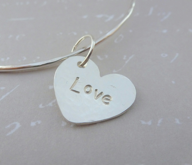 Personalised Silver Heart Charm Bangle - Sterling 925 Word Hammered Bracelet