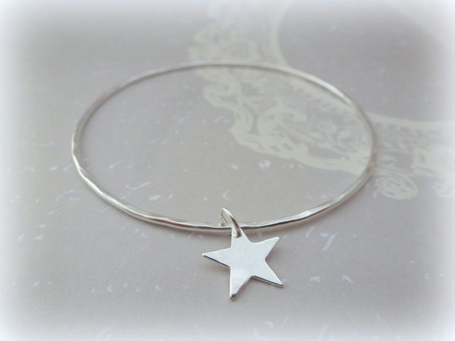 Silver Star Bangle - Sterling Solid 925 Star Charm Bracelet Bangle Hammered