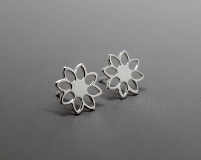 Silver Flower Earrings - Solid Sterling Silver 925 Daisy Open Flower Ear Studs
