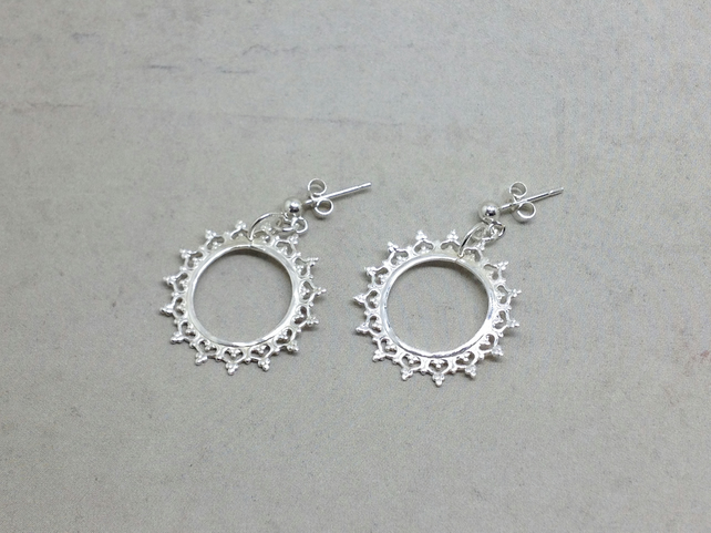 Silver Crown Earrings - Sterling 925 Queen Lace Circle Sun Filigree Drop Studs
