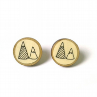 Natural Wooden Circle Mountain Illustrated Earrings