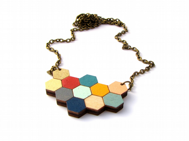 Summer Breeze 'Apis' Wooden Honeycomb Hexagon Necklace