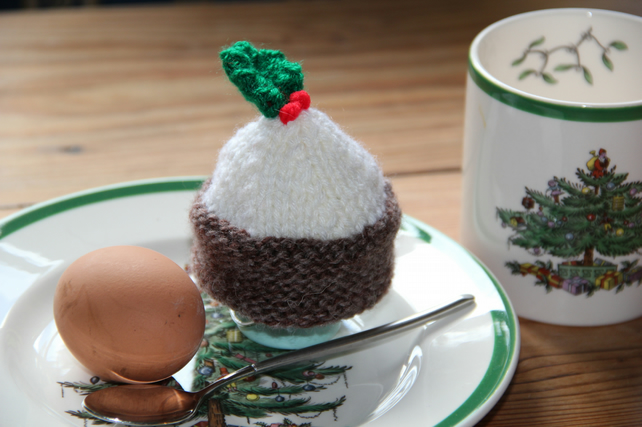 Christmas Pudding Egg Cosy