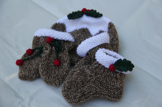 Hand Knitted Christmas Pudding Hat, Mitts and Booties