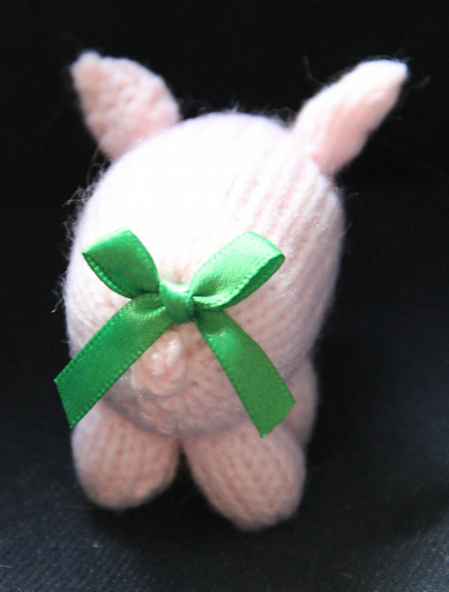 Bow Bottomed Piglet - Green
