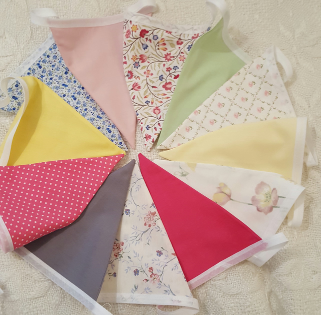 36 Flag Summer Colours Bunting