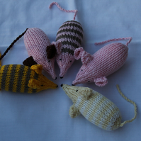 Assorted Hand Knitted Cotton Organic Catnip Mice