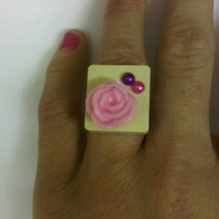 Roses & Pearls Scrabble Ring ♥