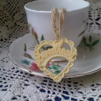 Sweetheart Necklace - Cream