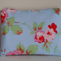 Coin Purse - Rose Floral Blue