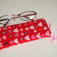 Glasses Case - Drawstring - Jewellery Pouch - Red Hearts