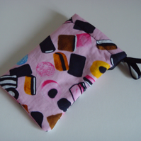 iPhone 5 Case Ipod Case Drawstring Pouch - Pink Liquorice