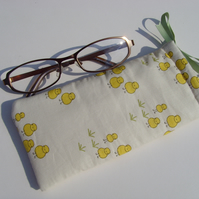 !!LAST ONE!!  Glasses Case - Drawstring - Jewellery Pouch - Chicks