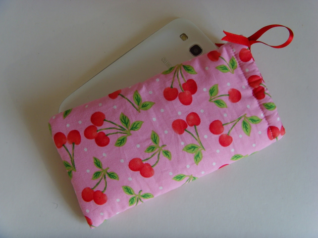 Samsung S4 - Larger Mobile Case - Pink Cherries