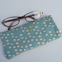 !!LAST ONE!! Glasses Case - Drawstring Jewellery Pouch - Chick & Eggs