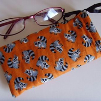 Glasses Case Drawstring Pouch - Raccoons