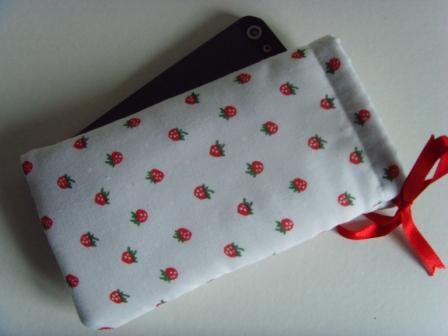 Strawberries - iPhone 5 Samsung S mini Ipod Case Drawstring Pouch