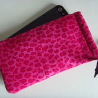Pink Leopard - iPhone 5 Samsung S mini Ipod Drawstring Pouch