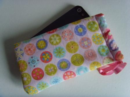 Buttons - iPhone 5 Samsung S mini Ipod Case Drawstring Pouch