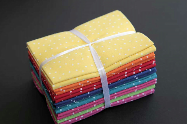 Fat quarter bundle (8) spotty 'Brights' from the Craft Cotton Co