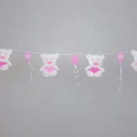 Beautiful Pink Teddy bear bunting with hearts Free postage within the uk