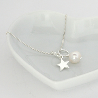 Star and Pearl Necklace