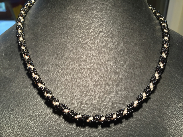Elegant Black and Silver Twist Necklace