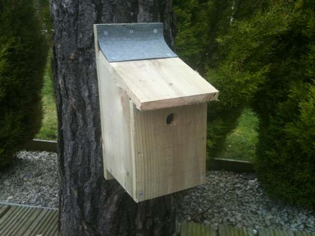 Set of 8 'Build your own' Bird Box kits.