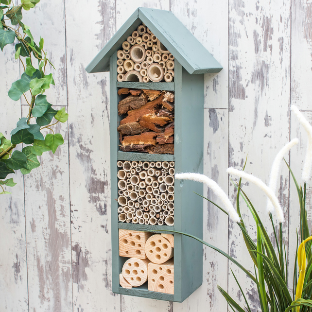 Four Tier Bee and Insect Hotel, Wild Thyme