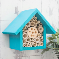 Bee Hotel, Single tier, in Beach Blue
