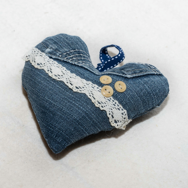 Recycled denim and lace hanging heart decoration - Valentine