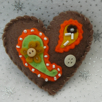 Softly Padded Felt Paisley Heart Brooch - Christmas Stocking Filler