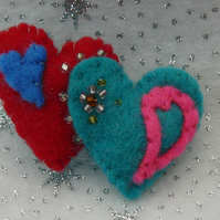 Softly Padded Felt Twin Heart Brooch - Christmas Stocking Filler