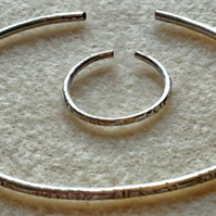 Silverplated texturised Bangle and Ring set