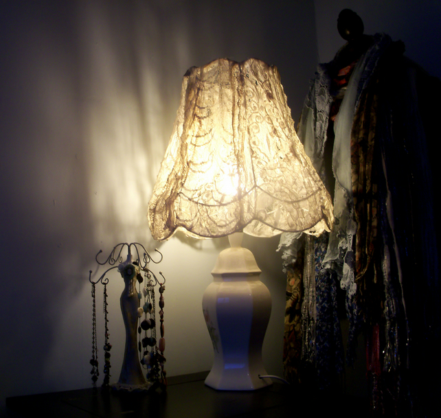 Vintage Shabby Chic Lace Wire Frame Lamp Shade