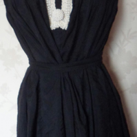 'Audrey' size small black silk blend & cream pearl bead shift dress uk 8-10