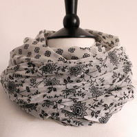 'Azalea' black & white floral pattern long scarf