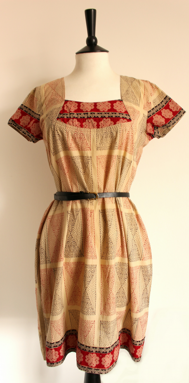 Tarot - beige, red & blue patterned dress size small uk 8