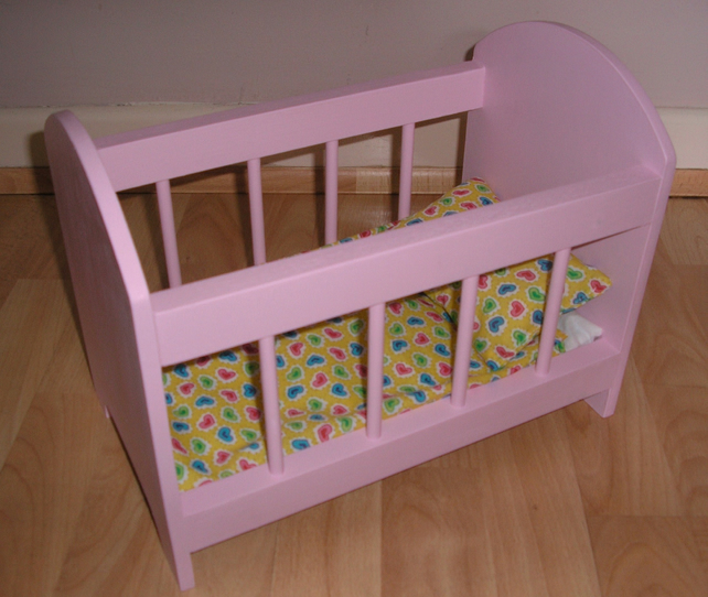 SMALL WOODEN DOLLS COT BED CRIB DELIVERED FULLY ASSEMBLED A UNIQUE DESIGN