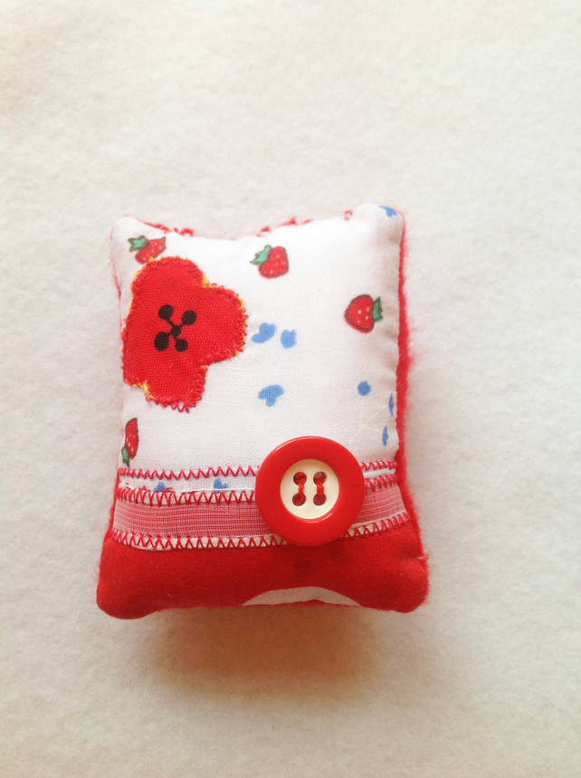 Pin cushion sewing crafting work box