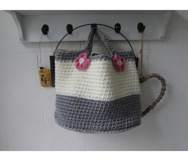 Handy crochet bucket bag, shopping bag,totebag, free shipping