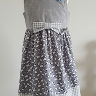 Girls summer dress with sheep print and bow. UK 4yrs