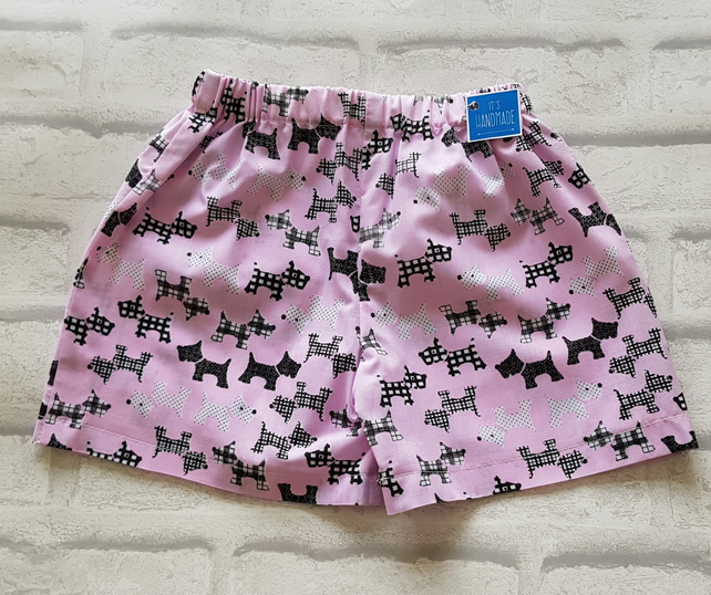 Girls shorts, scotty dog print. Age 18-24 months