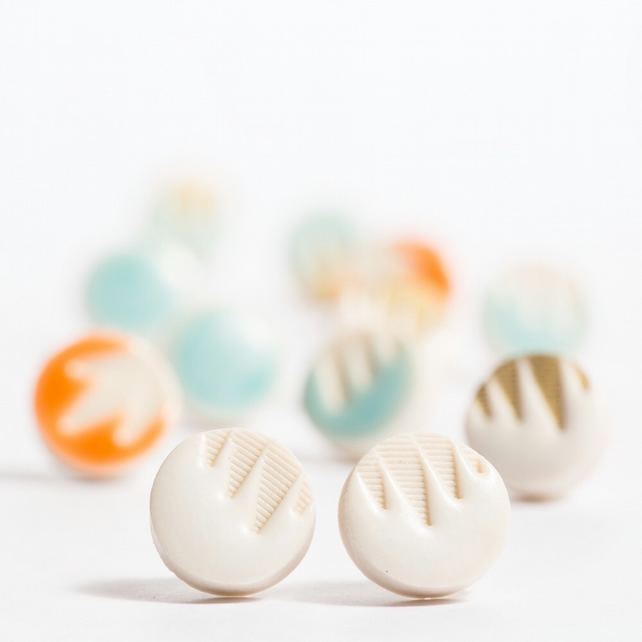 Porcelan Patterned White Stud Earrings