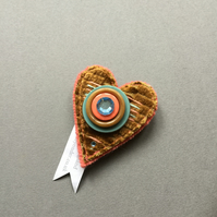 Button heart brooch