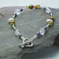 Peridot, freshwater pearls & crackled quartz bracelet with heart clasp