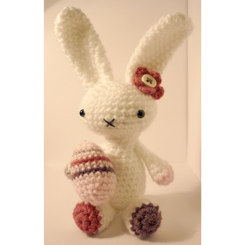 White amigurumi easter bunny - with FREE egg!